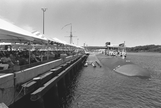 An overall view of the pier area during the commissioning ceremony for the nuclear-powered attack submarine USS PROVIDENCE (SSN 719)