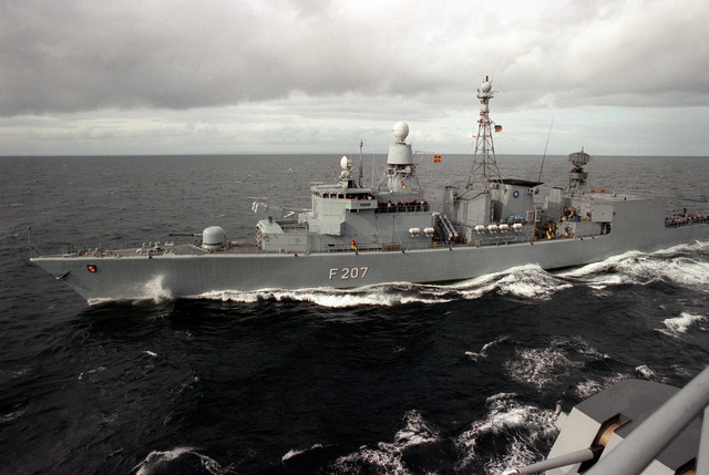 A port bow view of the West German frigate FGS BREMEN (F-207) during exercise Ocean Safari '85