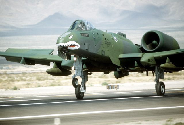 A 23rd Tactical Fighter Wing A-10 Thunderbolt II aircraft lands during Exercise Gunsmoke '85