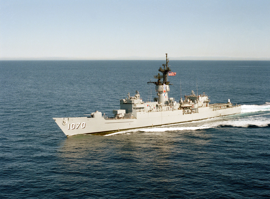 A port bow view of the frigate USS DOWNES (FF 1070) underway