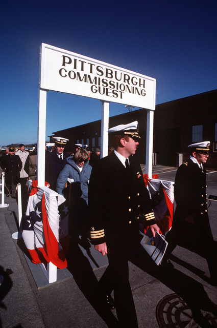Naval officers and other guests arrive for the commissioning of the nuclear-powered attack submarine USS PITTSBURGH (SSN 720)