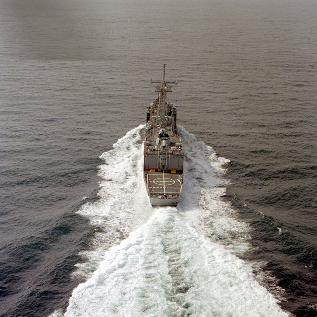 A stern view of the guided missile frigate RUBEN JAMES (FFG-57) underway during sea trials
