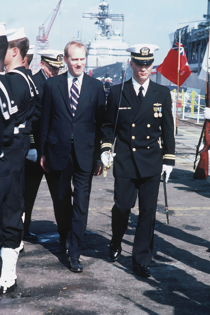 Deputy Secretary of Defense William H. Taft IV arrives for the commissioning of the guided missile cruiser USS VALLEY FORGE (CG 50)
