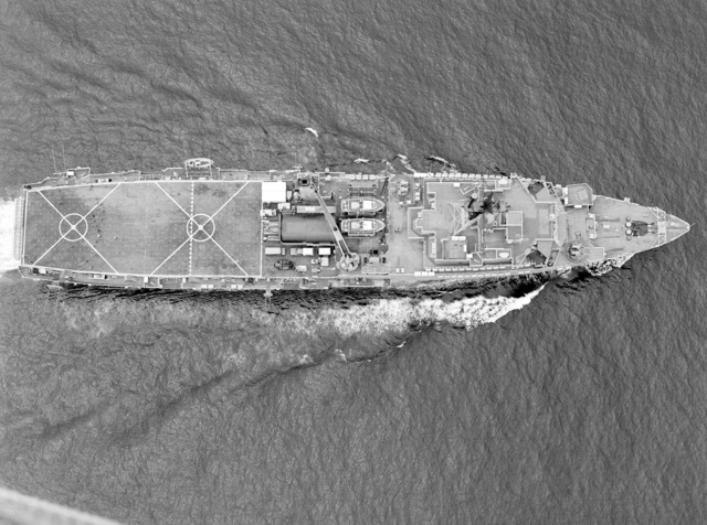 An overhead view of the amphibious transport dock USS DENVER (LPD 9) underway off the coast of Southern California