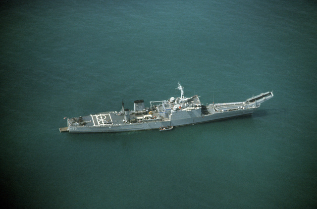 An aerial starboard view of the tank landing ship USS BARBOUR COUNTY (LST 1195) during Exercise GALLANT EAGLE 86