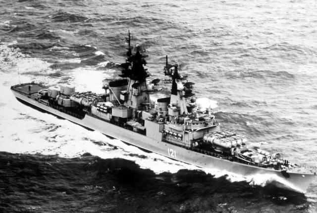 A starboard bow view of the Soviet Kynda class cruiser GROZNYY underway