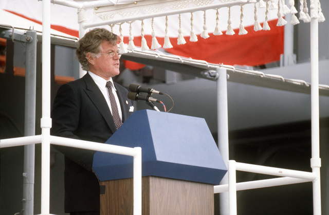 Senator Edward M. Kennedy, Democrat-Massachusetts, delivers the principal address during the commissioning of the guided missile cruiser USS BUNKER HILL (CG 52)