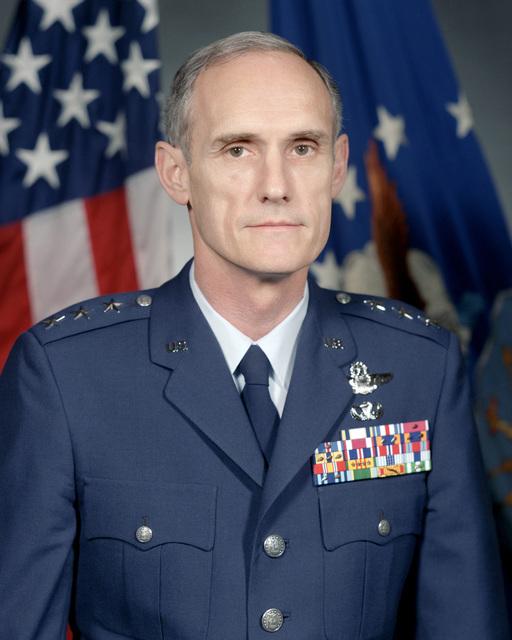 Portrait: US Air Force (USAF) Lieutenant General (LGEN) Merrill A. McPeak (uncovered)