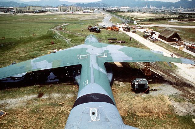 Airtanker 12 |Norton Afb Aerial