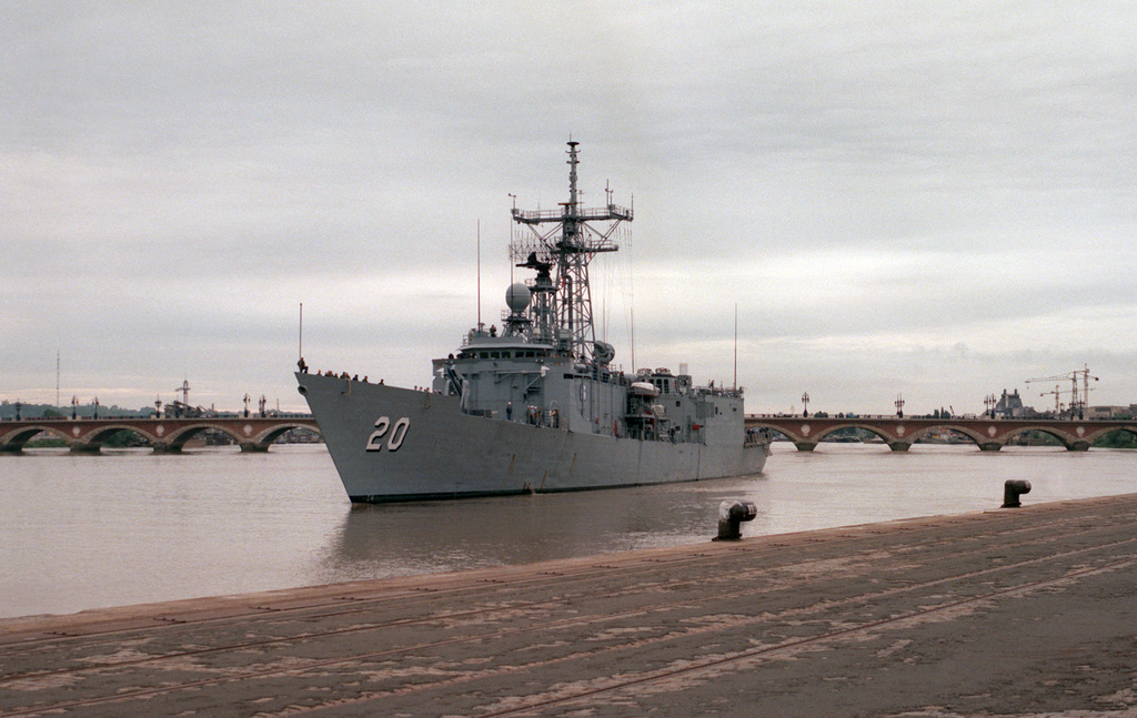 A port bow view of the guided missile frigate USS ANTRIM (FFG 20) underway on the Garonne River.  Crew members of the ANTRIM will participate in the ceremony commemorating the 70th anniversary of the entry of the United States into World War I