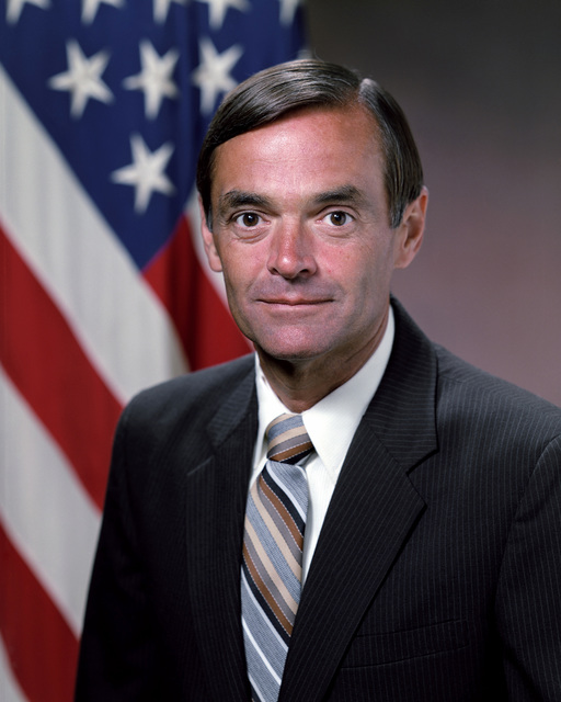 Portrait of U.S. Army Mr. Jack E. Hobbs, Deputy Assistant Secretary of the Army Program Evaluation, (U.S. Army photo by Mr. Russell F. Roederer) (Released) (PC-191248)