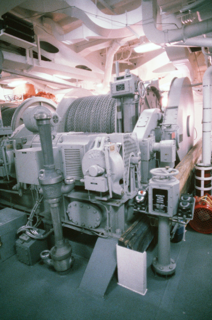 A view of the automatic towing machine system aboard the salvage ship USS GRAPPLE (ARS 53).  The GRAPPLE is towing three minesweepers to the Persian Gulf to support US Navy escort operations