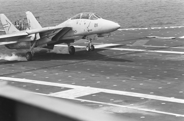A Fighter Squadron 103 (VF-103) F-14A Tomcat aircraft touches down on the flight deck of the aircraft carrier USS INDEPENDENCE (CV 62). The INDEPENDENCE is conducting post-Service Life Extension Program (SLEP) operations at Guantanamo Bay