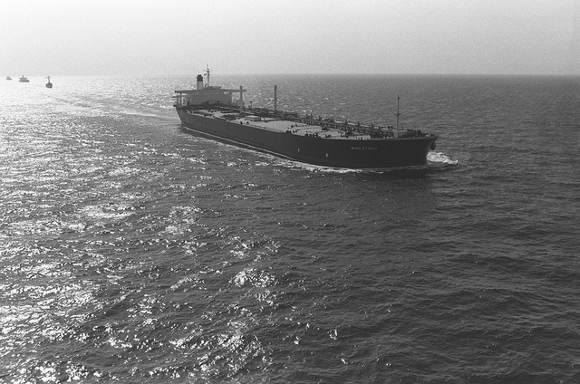 A starboard bow view of the oil tanker SS MIDDLETOWN underway during an Earnest Will convoy mission in which tankers are escorted through waters of the Gulf by U.S. naval ships