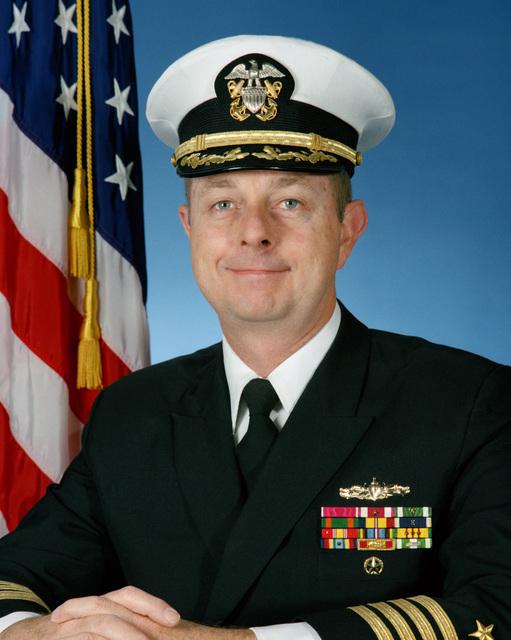 Portrait:  US Navy (USN) Captain (CAPT) Lee F. Gunn (covered)