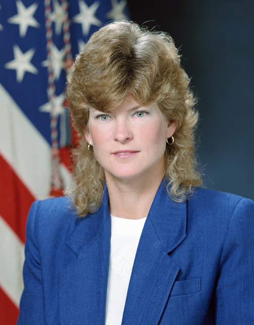 Portrait of DoD Ms. Diane Fountaine, Director for Information Systems. (U.S. Army photo by Mr. Russell F. Roederer) (Released) (PC-191504)