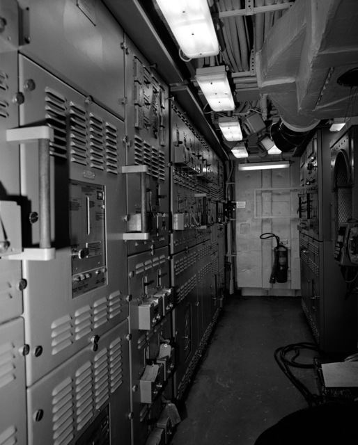 The main engine room No. 1, Compartment 5-174-O-E, aboard the guided missile cruiser MONTEREY (CG 61). The ship is 90 percent complete