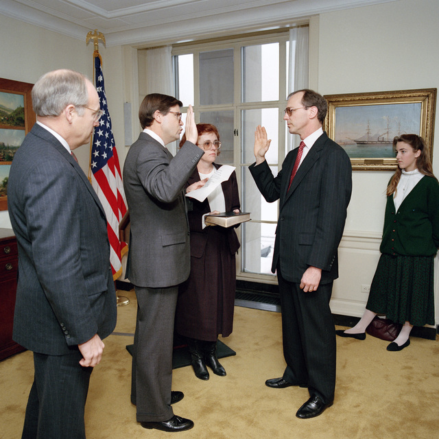 Secretary of Defense Richard Cheney presides at swearing-in ceremony putting in Mr. Christopher Jehn a ASD/FM&P and Ms. Susan Crawford as OSD/IG