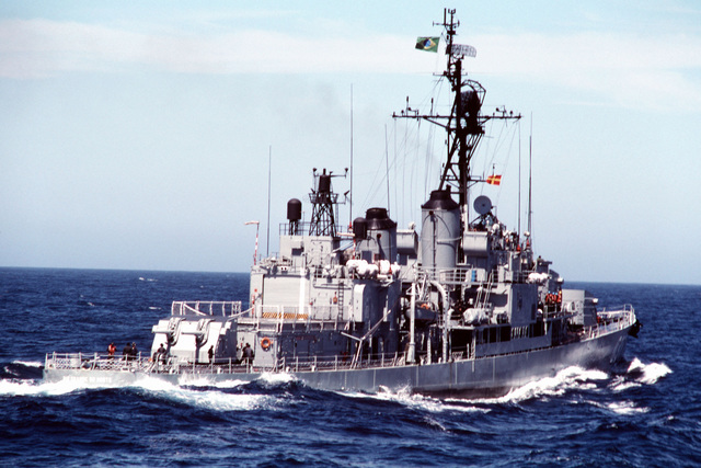 A starboard quarter view of the Brazilian destroyer RIO GRANDE DO NORTE (D-37) underway during Unitas XXXI, an annual, joint exercise between the U.S. Navy and the naval forces of nine South American countries. (Exact date shot unknown)