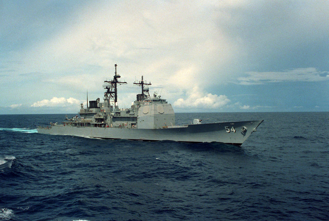 A starboard bow view of the guided missile cruiser USS ANTIETAM (CG-54) underway north of Diego Garcia en route to the Persian Gulf after the invasion of Kuwait by Iraqi forces