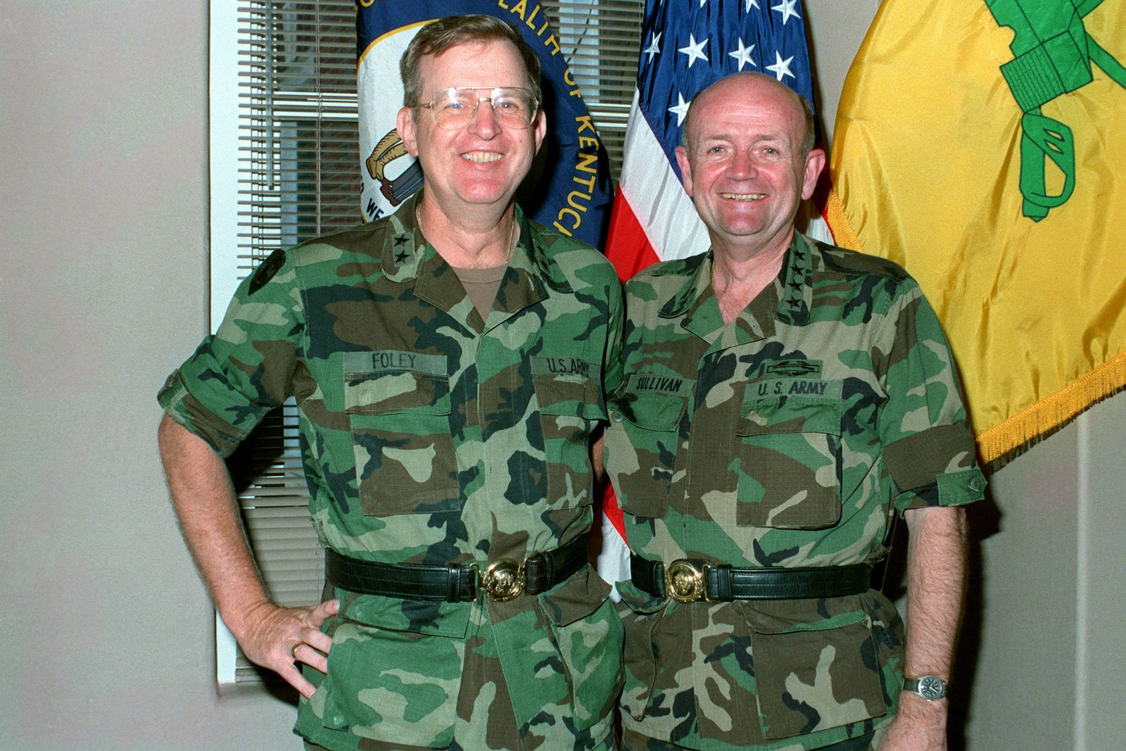 GEN Gordon R. Sullivan, vice chief of staff of the Army, poses for a photograph with MGEN Thomas C. Foley, commanding officer of the United States Army Armor Center, during a tour