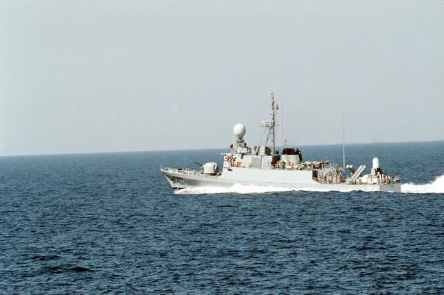 A starboard view of the Saudi Arabian fast attack craft Oqbah underway near Dhahran, Saudi Arabia