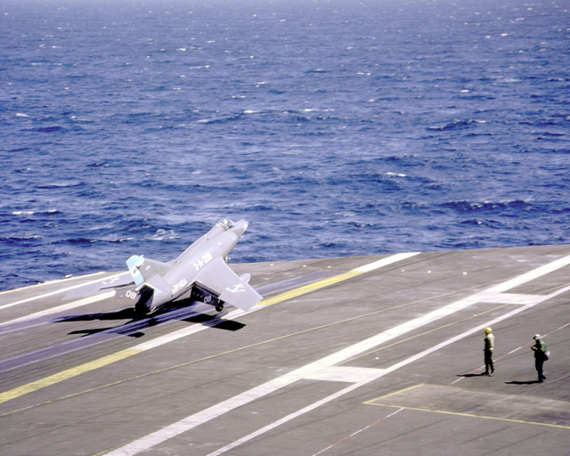 A Super Etendard aircraft of the Argentine Navy lifts off after briefly touching down on the flight deck of the nuclear-powered aircraft carrier USS ABRAHAM LINCOLN (CVN-72). The plane is taking part in touch-and-go landings aboard the LINCOLN during the vessel's circumnavigation of South America