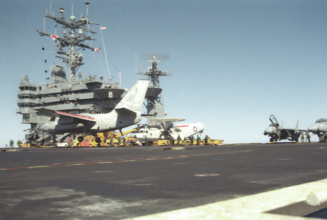 An Air Anti-submarine Squadron 29 (VS-29) S-3A Viking aircraft prepares to catch the arresting wire on the flight deck of the nuclear-powered aircraft carrier USS ABRAHAM LINCOLN (CVN-72) during the vessel's circumnavigation of South America