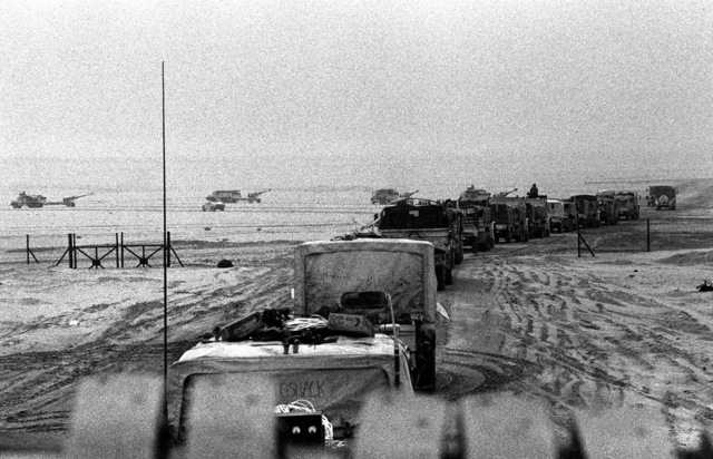 1ST Light Armored Infantry (LAI) Battalion, 1ST Marine Division, vehicles head north toward Kuwait during Operation Desert Storm
