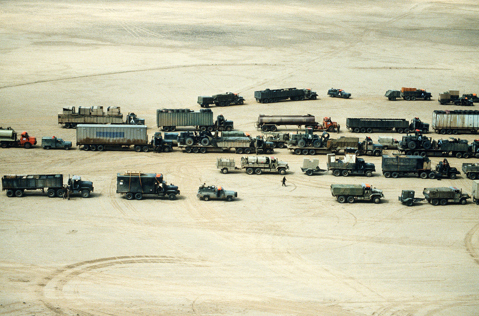 A 24th Infantry Division convoy approaches the Iraqi border during Operation Desert Storm