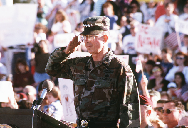 GEN. Edwin H. Burba Jr., commander-in-chief, U.S. Forces Command, salutes elements of the 82nd Airborne Division upon their return from Operation Desert Storm