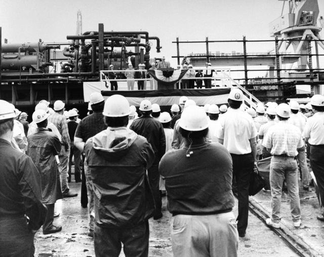 GEN John R. Dailey, assistant commandant of the Marine Corps, speaks to the shipyard workers and guests assembled for the laying of the keel of the amphibious assault ship BOXER (LHD-4)