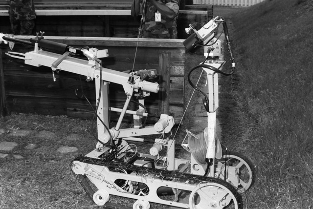 A close-up view of the explosives ordnance disposal robot unit
