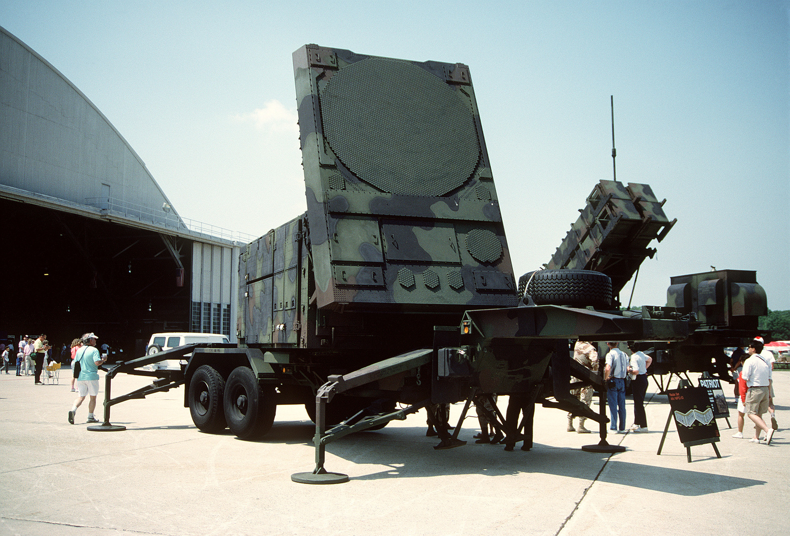 a-view-of-an-anmpq-53-radar-set-part-of-the-patriot-missile-system-on-display-2e51b1-1600.jpg