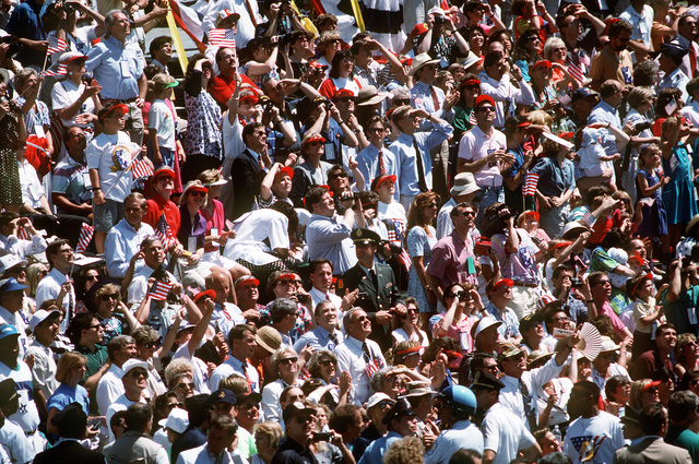 A big crowd of spectators at the National Victory Celebration parade honoring the coalition forces of Desert Storm