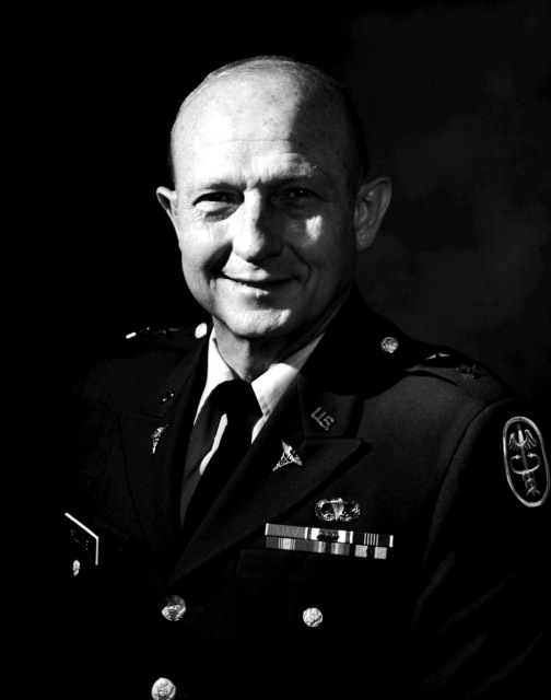 MGEN Lewis A. Mologne, USA (uncovered)