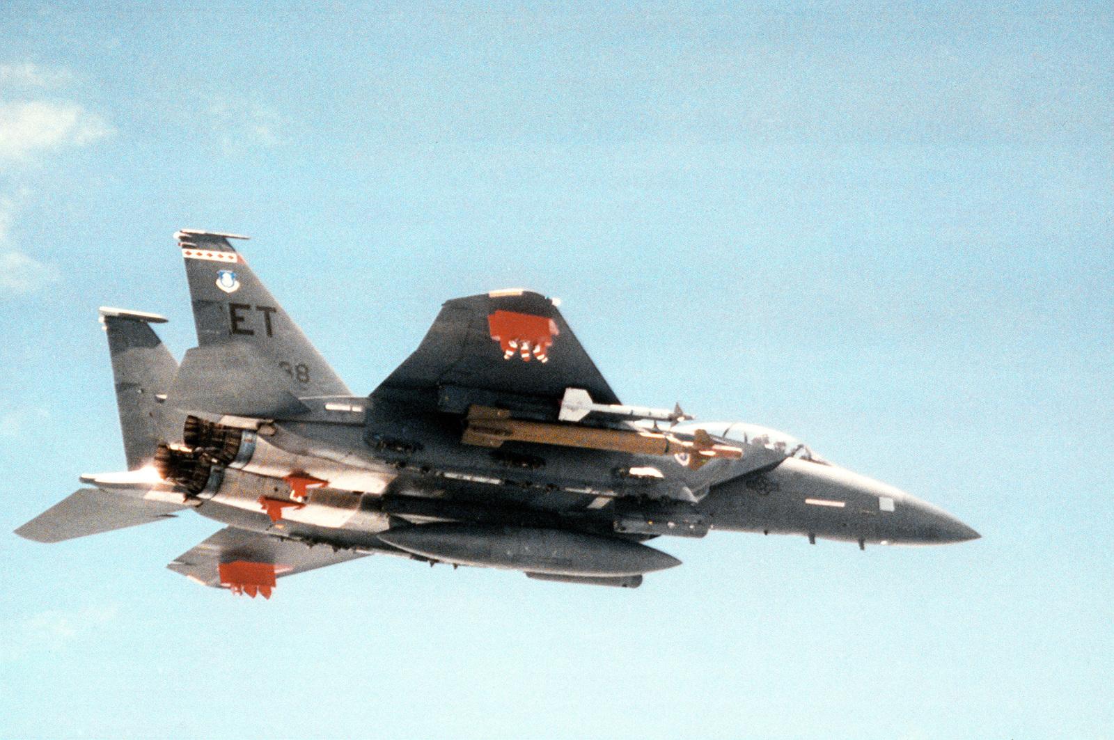 air-to-air-view-of-gbu-28-hard-target-gu