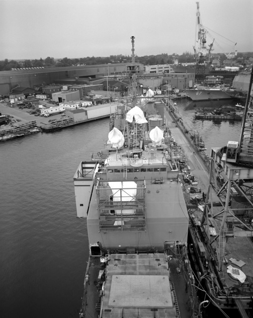 A view of the superstructure aboard the guided missile cruiser USS LAKE ERIE (CG 70). The LAKE ERIE, under construction at the Bath Iron Works Corp. shipyard, is 70 percent complete