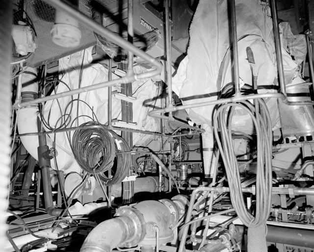 Auxiliary machinery room No. 2, compartment 5-260-O-E, aboard the guided missile cruiser USS LAKE ERIE (CG 70). The LAKE ERIE, under construction at the Bath Iron Works Corp. shipyard, is 70 percent complete