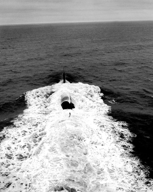 A stern view of the nuclear-powered attack submarine JEFFERSON CITY (SSN-759) underway during sea trials off the Virginia Capes
