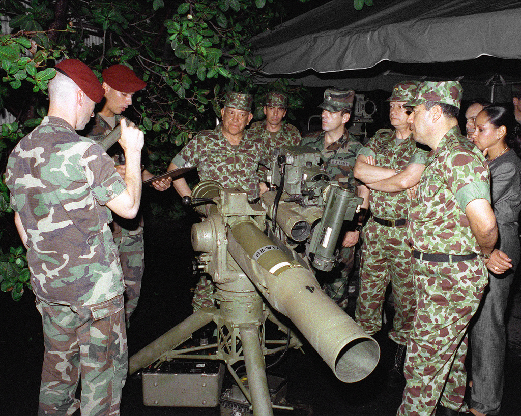 GEN Manuel Antonia Murillo, Colombian army chief of staff, attends a night vision training exercise conducted by the members of the U.S. Army's 92nd Military Police Company. Murillo is standing behind a BGM-71A tube-launched optically-tracked wire-guided (TOW) 2B missile launcher equipped with night vision equipment