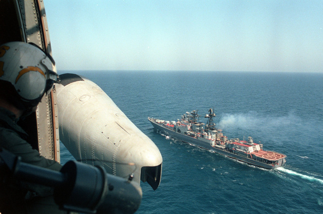 A port quarter view of the Russian guided missile destroyer Admiral Vinogradov (BPE-554) as seen from an SH-3 Sea King helicopter from the aircraft carrier USS RANGER (CV-61). The Vinogradov and RANGER are part of a multinational naval force participating in exercises in the region
