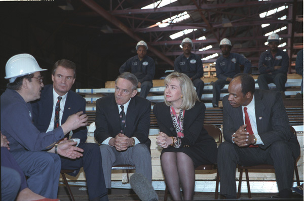 Photograph of First Lady Hillary Rodham Clinton at the Glazer Steel and Aluminum Company