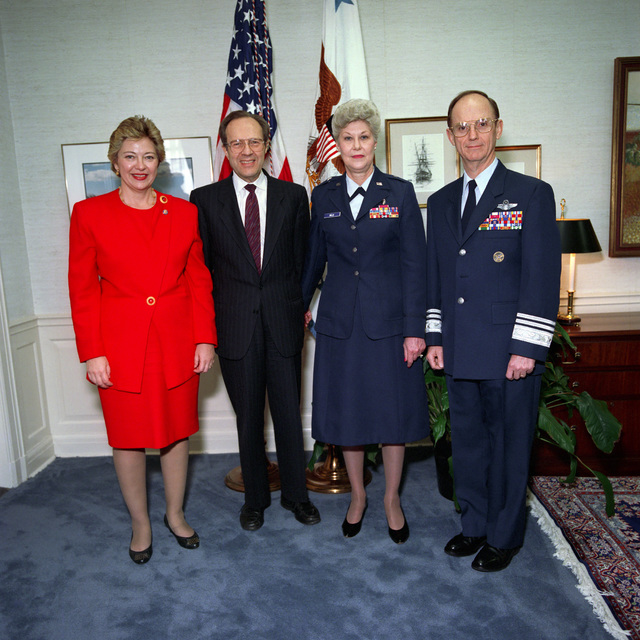 The Honorable William J Perry (center left), U.S. Deputy Secretary of Defense, the Honorable Leslie L Byrne (left), (D-VA), Representative 11th Congressional District, U.S. Air Force Brig. GEN. Roberta V. Mills, Tennessee Air National Guard (TNANG), and LT. GEN. Robert Minter Alexander, Deputy Assistant Secretary of Defense for Military Manpower and Personnel Policy, pose for a photograph at the Pentagon, Washington, D.C., March 31, 1993, during the National Women's History Month observance.  OSD Package No. A07D-0167 (DOD PHOTO by Helene C. Stikkel) (Released)