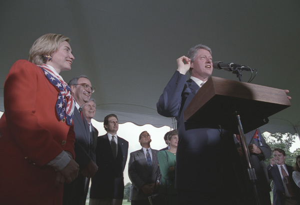 Photograph of President William J. Clinton Addressing the Cuban Independence Day Ceremony