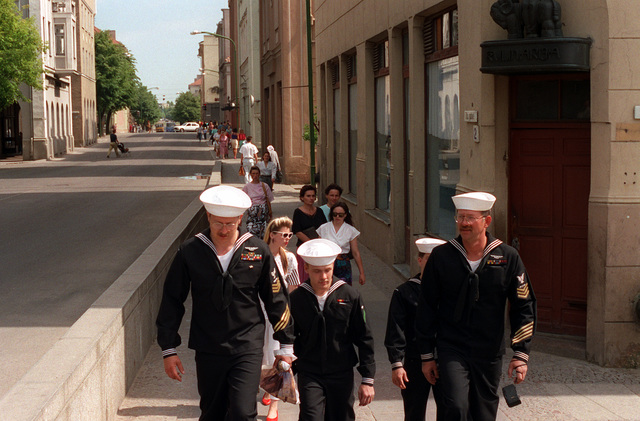 Crew members from the guided missile frigate USS DOYLE (FFG-39) tour the city during exercise BALTOPS '93. For the first time in the 22-year history of BALTOPS, the Eastern European countries of Estonia, Latvia, Lithuania, Poland and Russia were invited to participate in the non-military phases of the exercise