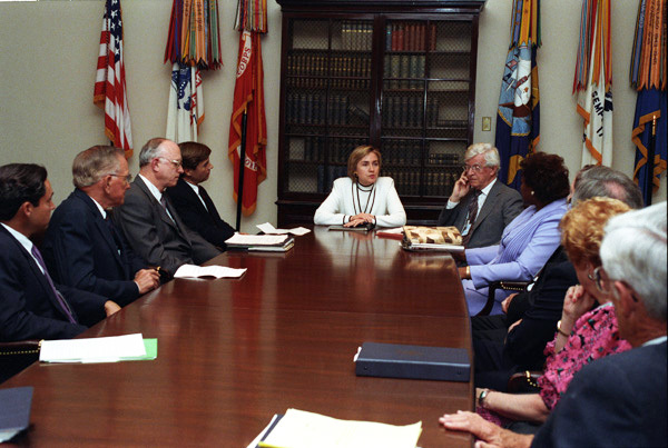 Photograph of First Lady Hillary Rodham Clinton Meeting with the Texas Medical Center Delegation