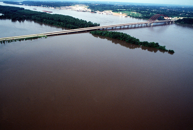 Roads and farmland in St. Louis area are hard hit by floodwaters