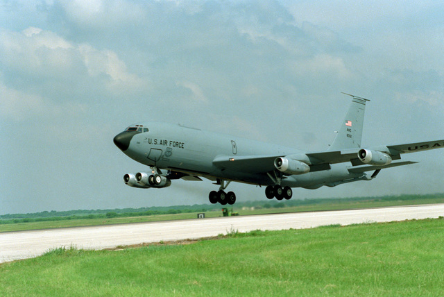A KC-135 air refueler crew from the 917th Air Refueling Squadron (ARFS) flies its last flight out of Dyess Air Force Base, Texas. The 917th ARFS inactivated from Dyess Air Force Base, Texas on 30 June 1994 and moved to McConnell Air Force Base, Kansas