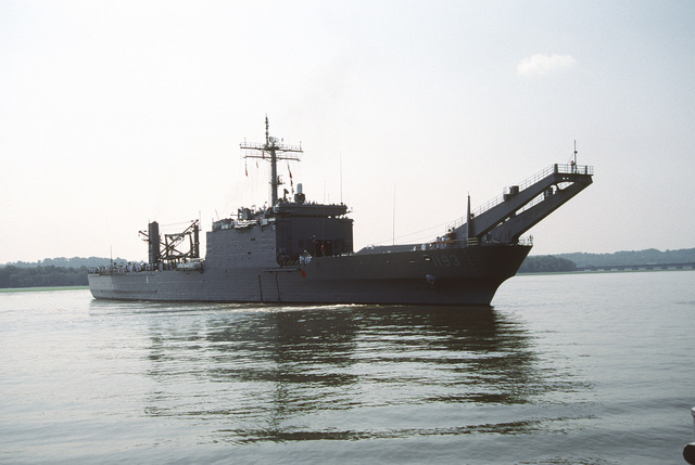 A starboard bow view of the tank landing ship USS FAIRFAX COUNTY (LST-1193) as the ship swings around in the river before docking in Alexandria, VA for a port visit. The ship is making a visit to its namesake, Fairfax County before being transferred to the Australian Navy later this month